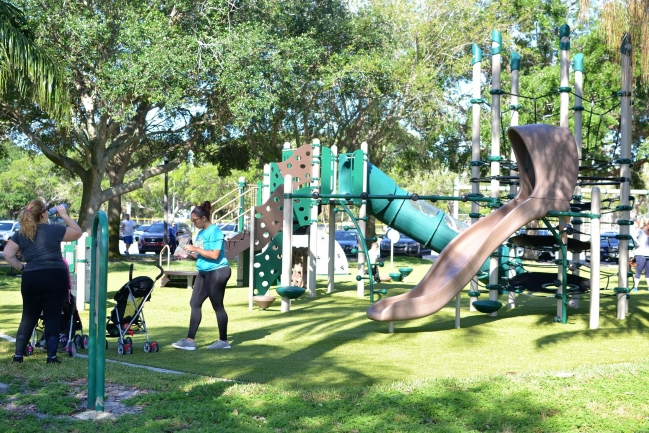 A short walk to Vinoy Park in Downtown St Petersburg Florida