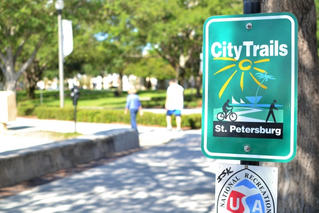 Downtown St Petersburg has lots of walking and biking trails throughout the city