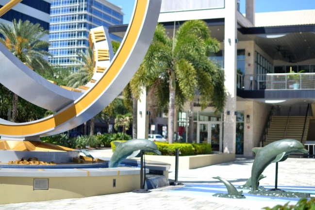 Beacon on Third is minutes away from dining, shopping, and entertainment in Downtown St Petersburg Florida